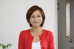 理恵さん名刺用写真3